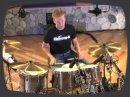 Leçon de batterie centrée sur les rythmiques à base de Toms.