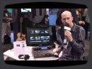 Lors du Namm 2009, Tom Lang, de chez TC-Helicon, présente le nouveau processeur vocal en pédalier VoiceLive 2, de TC Helicon.