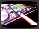 DJ Jay, démontrateur chez Pioneer, nous fait une démo des MEP-7000 et DJM-3000 pendant le salon du NAMM 2009